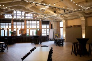 Industrial venue for business events in city centre