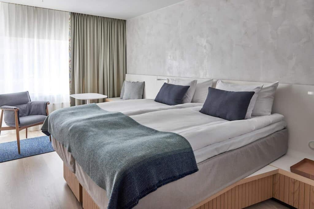 Elegant and lavish accommodation in the heart of Stockholm for business trips.