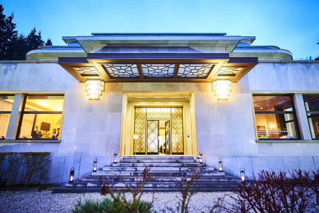sophisticated-villa