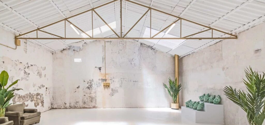 Industrial venue with a chic touch