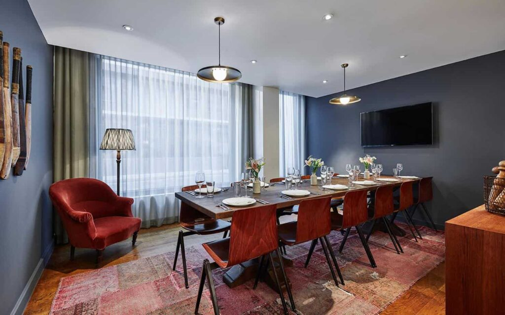 Gorgeously designed room in Shoreditch neighborhood