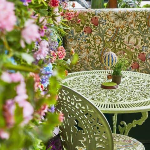 Flower garden for small gatherings