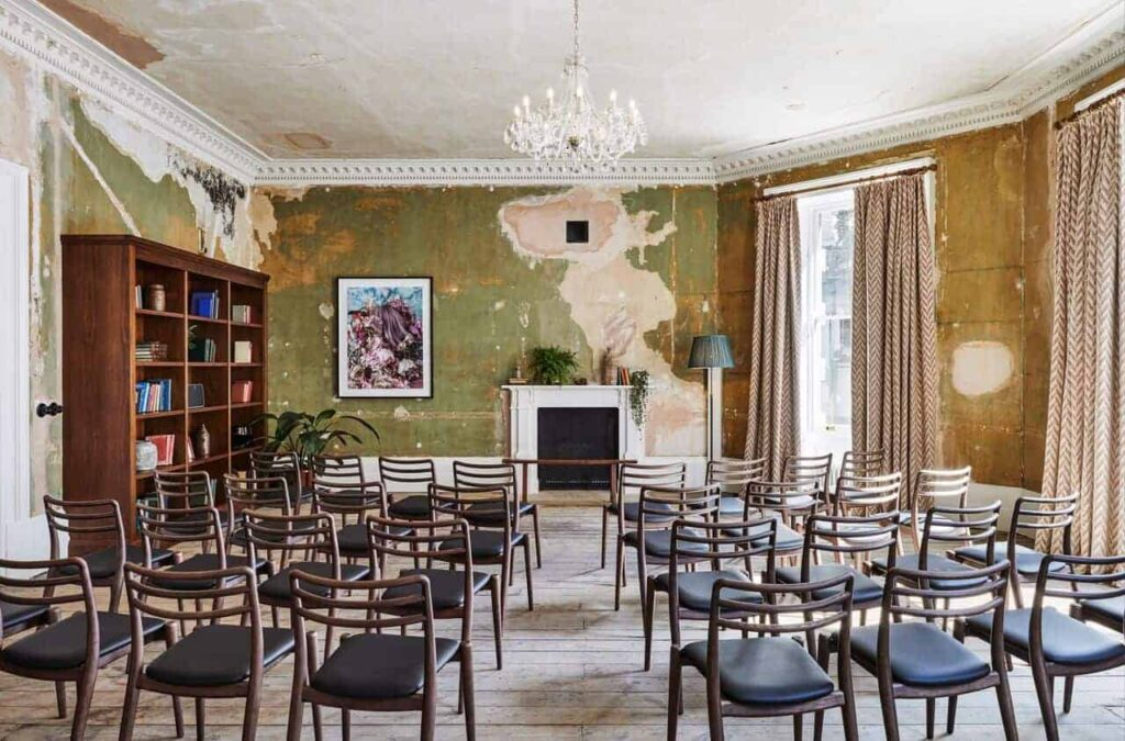 Blank canvas venue with endless layout possibilities - Conference room in London