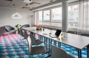 Airy and soft space for successful meetings