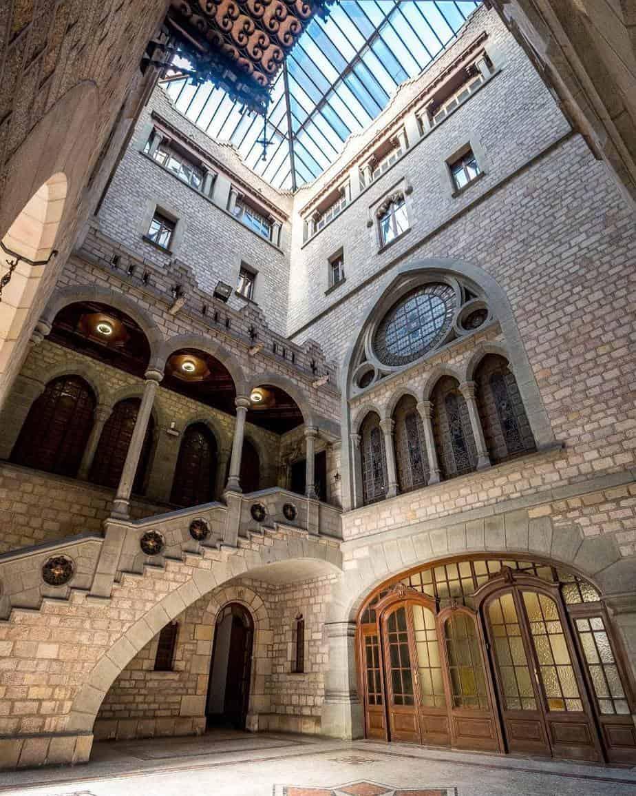 Beautiful Historic Venue With A Unique Setting