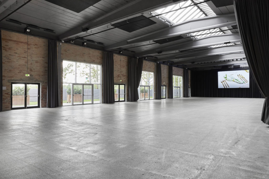 Bright and contemporary blank canvas venue