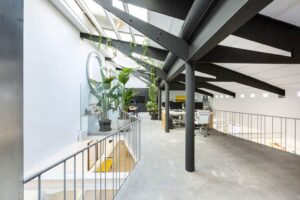Luminous and artistic space with two floors