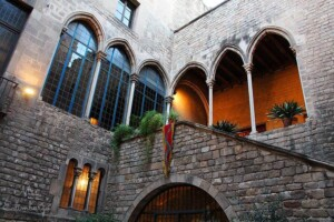 Medieval courtyard for memorable receptions