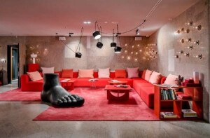 Red and pink venue with a chic atmosphere