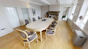Elegant and spacious venue for business meetings