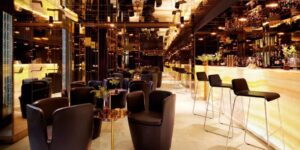 Chic and exclusive space for afterworks