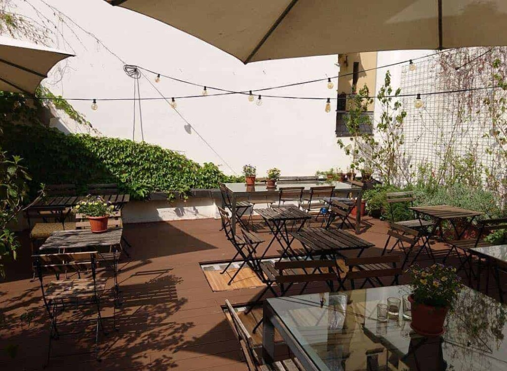 Cosy and charming outdoor terrace in Milan