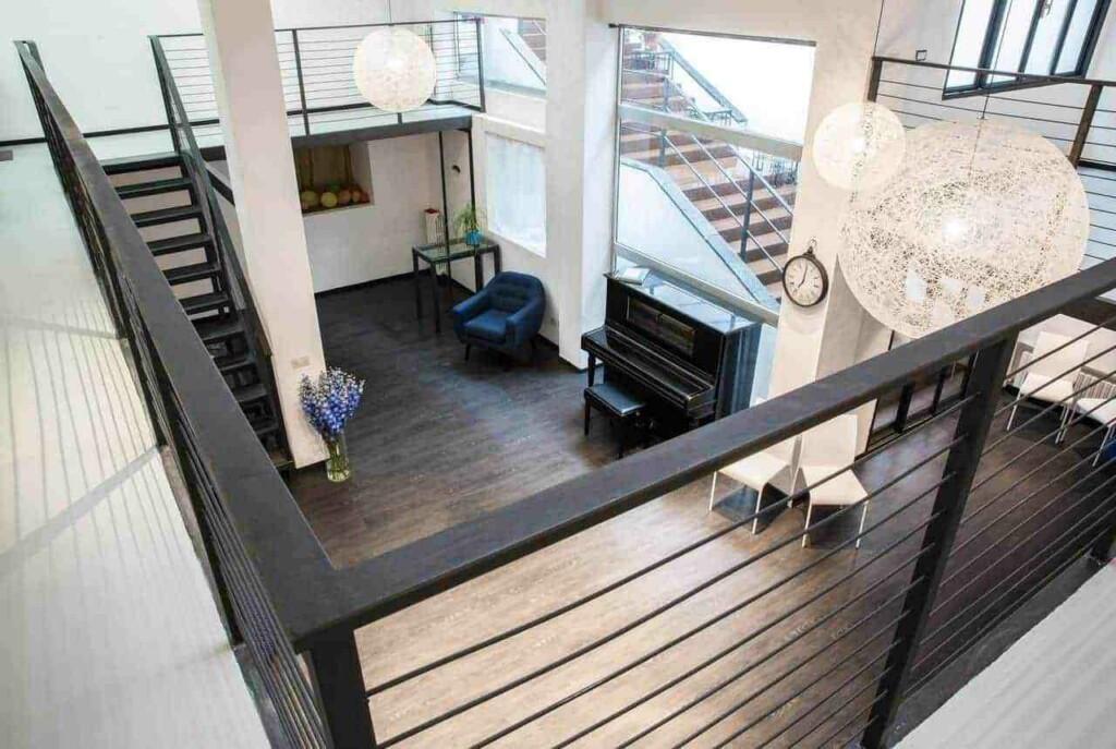 Peaceful and luminous loft for any corporate event