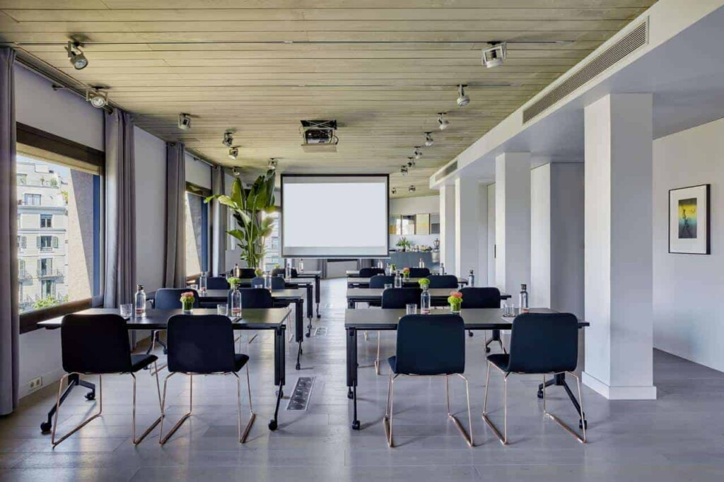 Chic and trendy room for business meetings