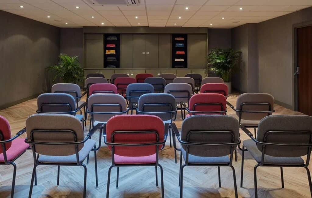 Classy and contemporary meeting space in Amsterdam
