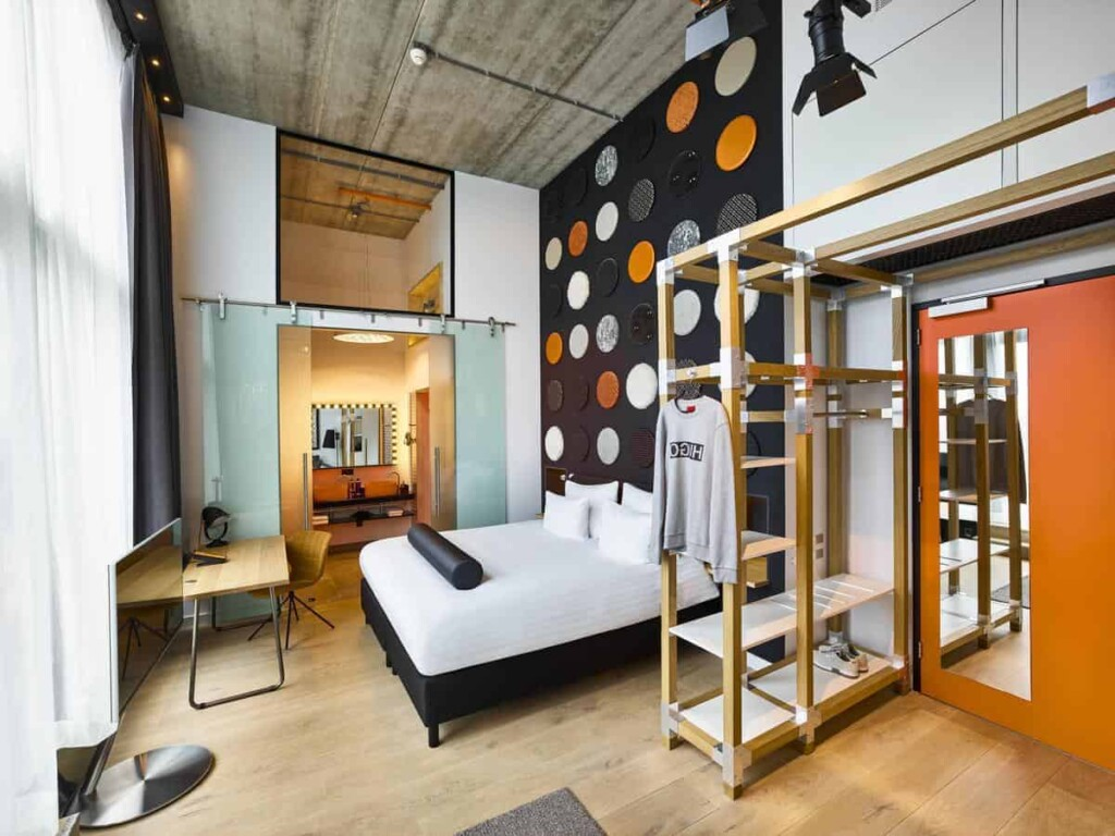 Contemporary hotel with comfy rooms