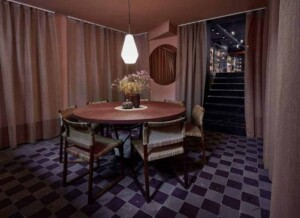 Pink charming room for small meetings