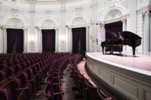 Elegant theatre for performances and conferences