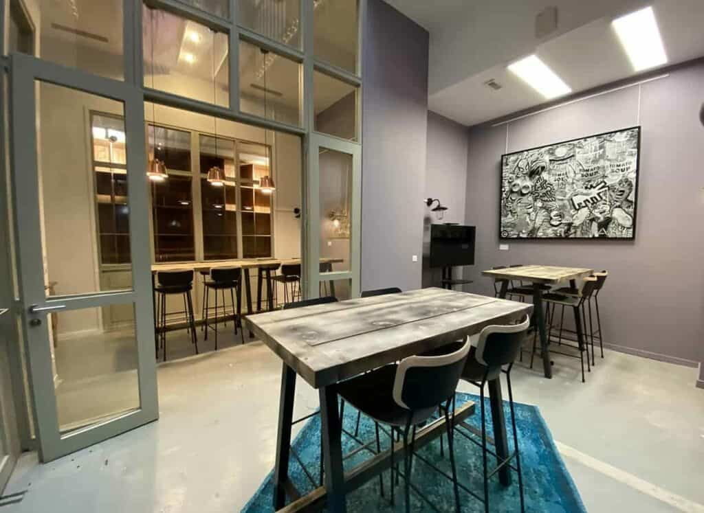 Trendy space with an artistic touch