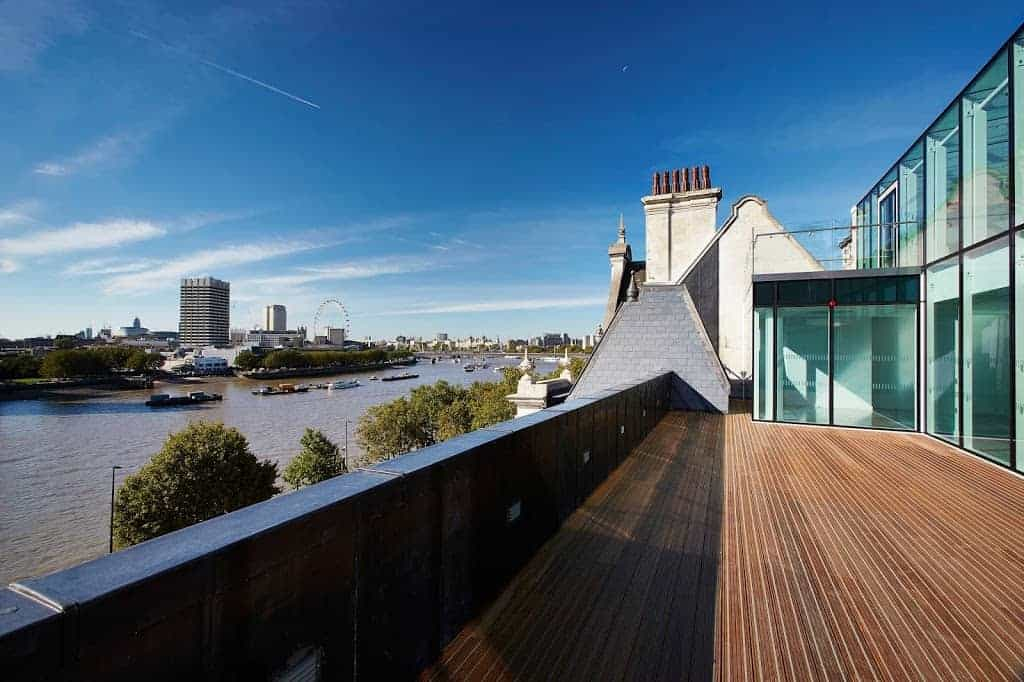 modern and elegant rooftop terrace