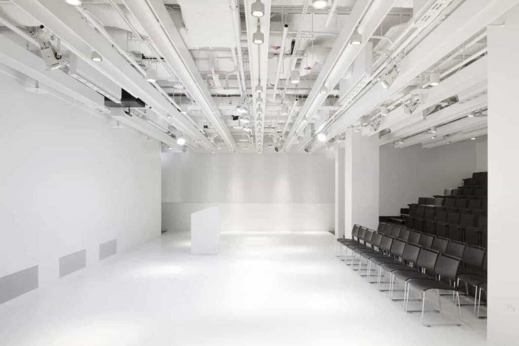 Japan-inspired venue with a modular set-up