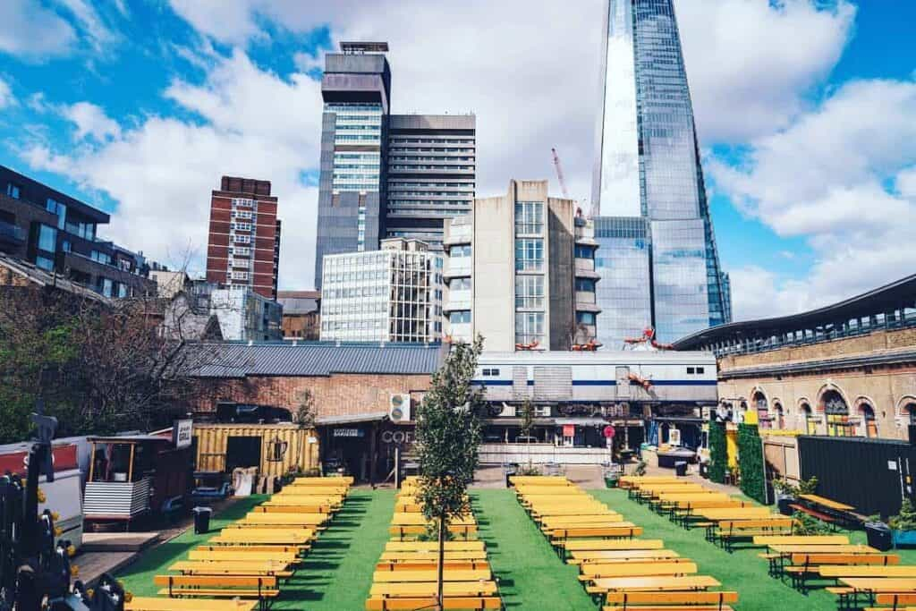 spacious and urban outdoor venue in London