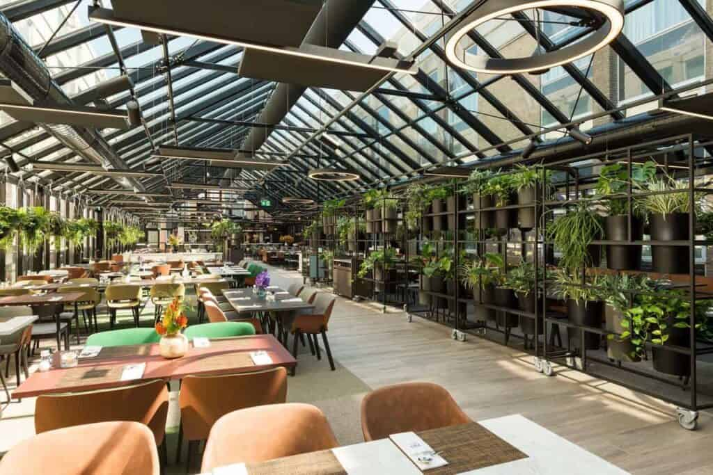 Stunning greenhouse for special occasions in Amsterdam. Venue for product launches, private dining and receptions.