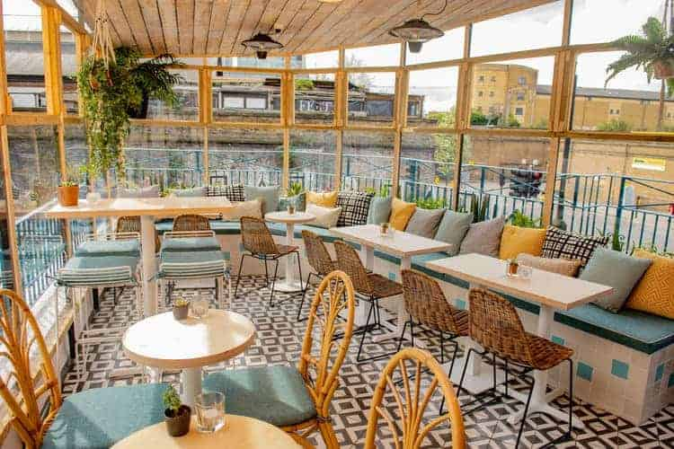 Trendy restaurant with a Palm Springs-inspired decor