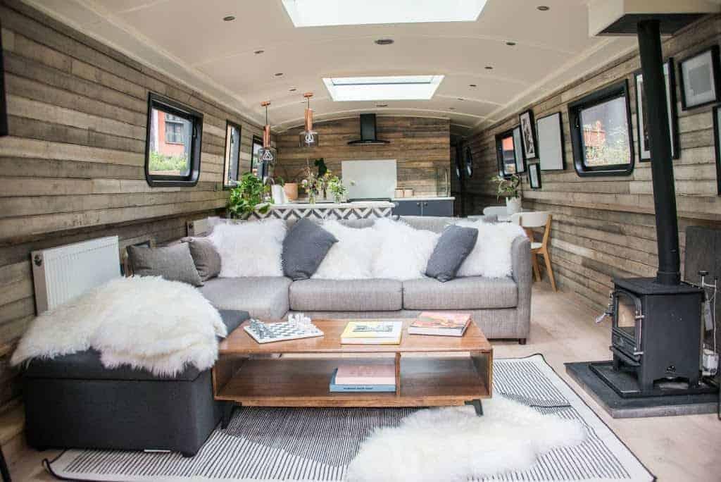 comfy boat hotel