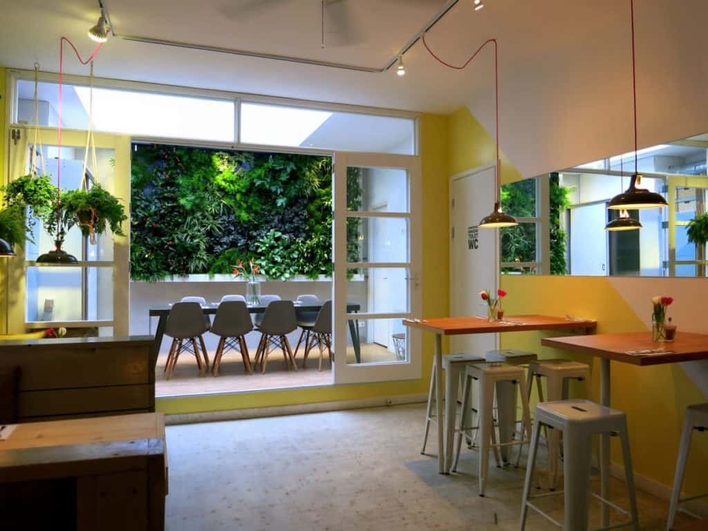 Minimalist foodbar with colour accents focusing on New Zealand and Brazil's cuisines