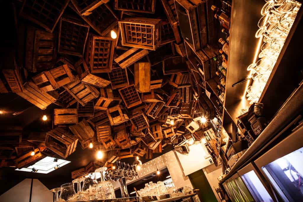 Quirky bar for afterworks in Brussels