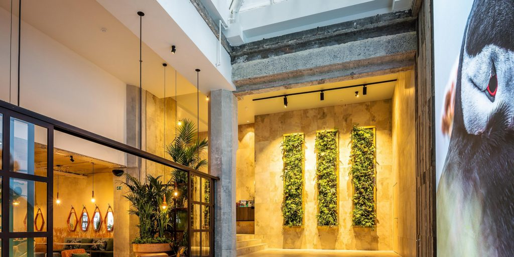 Entrance hall hotel Indigo in Brussels
