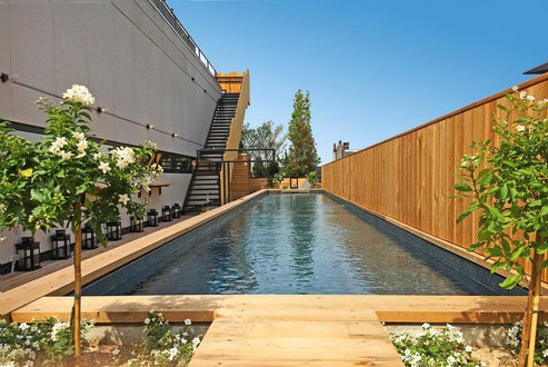 Modern open air swimming pool in a Brussels hotel