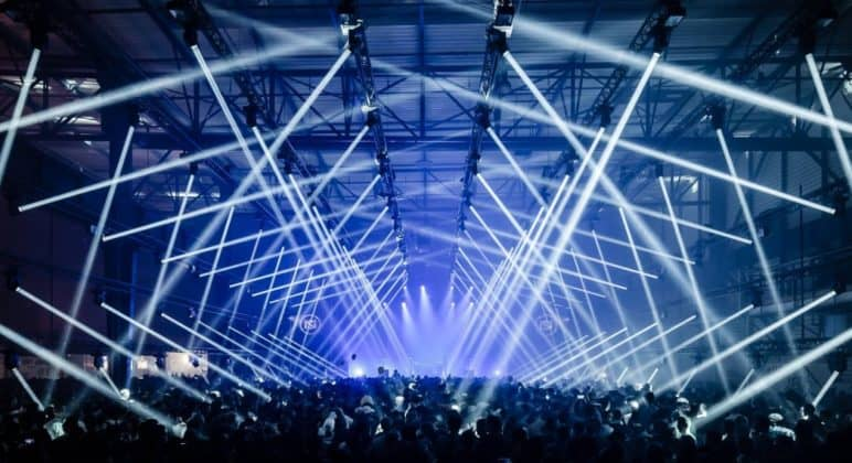 Venue with light effects on Nuits Soronas
