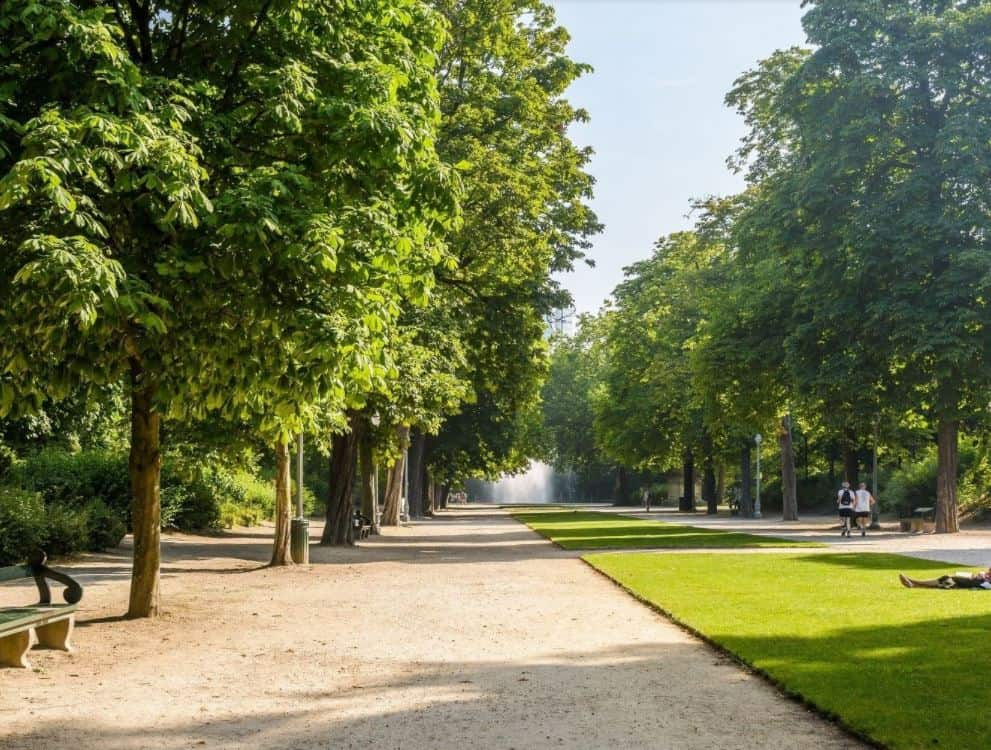 Snapshot of the central park in Brussels near 'Wetstraat'
