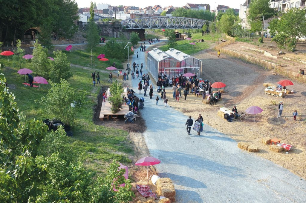 park for collective gardening and urban farming