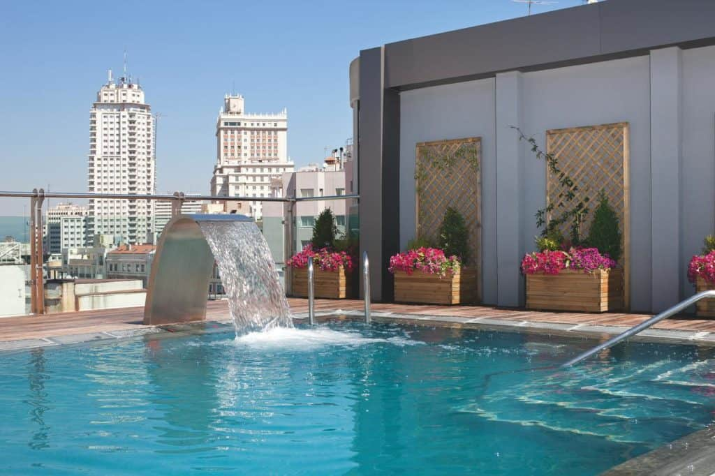 Rooftop pool in the center of Madrid