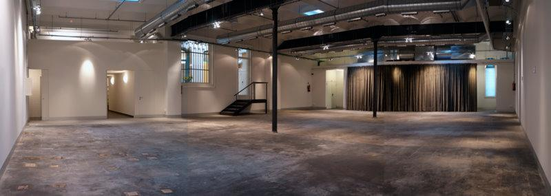Spacious and modern reception hall with industrial features