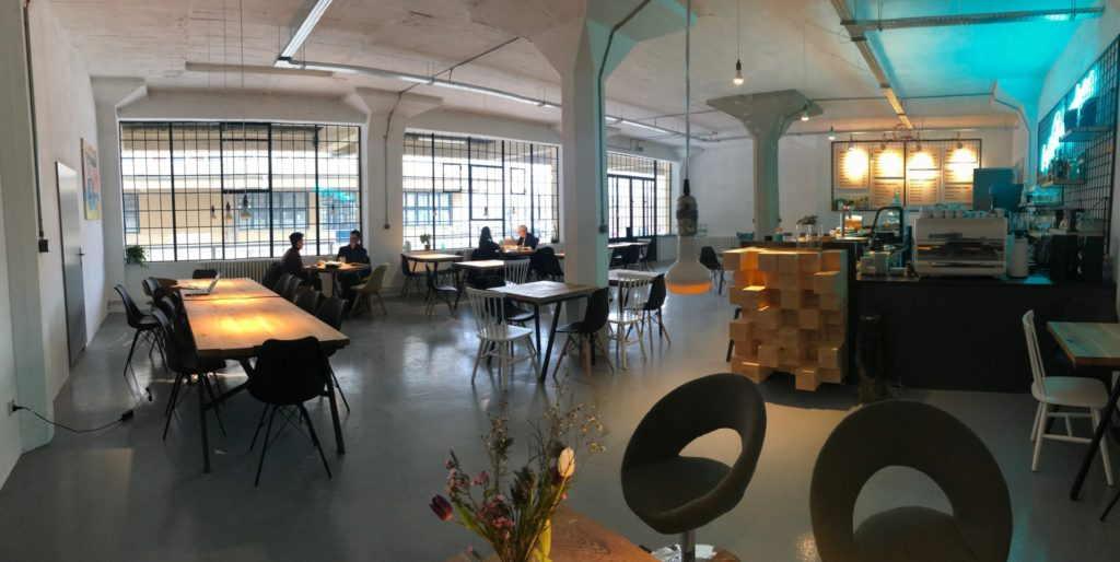 Industrial warehouse for workshops in Prague