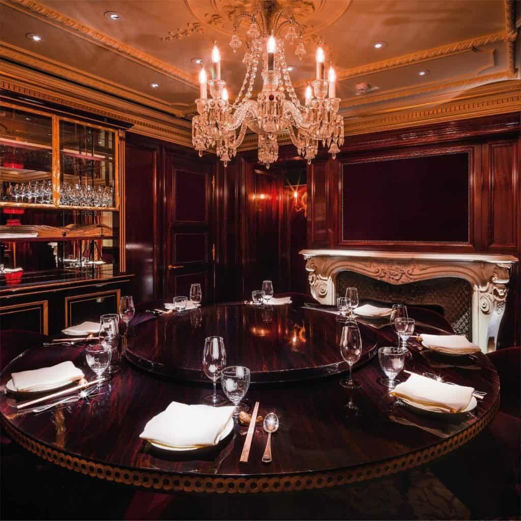 classy restaurant for dining experience in london