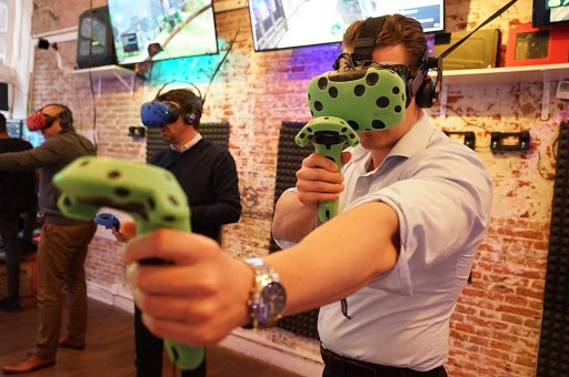 vr experience team outing