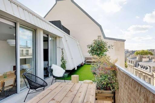 Modern Parisian Meeting Loft with Terrace