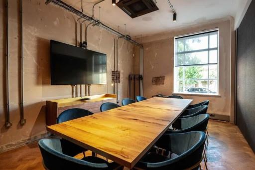 Modern Urban Room