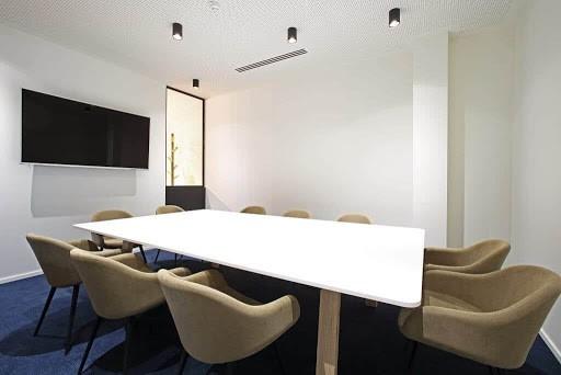 Sleek and Bright Meeting Room