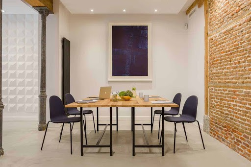 Stylish Meeting Space with Brick Walls in madrid