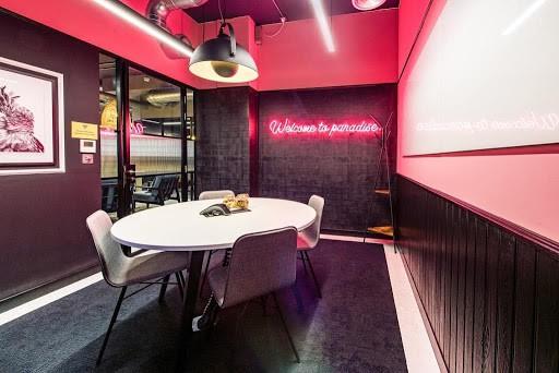 Super Slick Neon Discussion Space in London