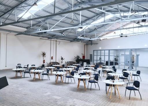 Versatile and Luminous White Event Space in Madrid
