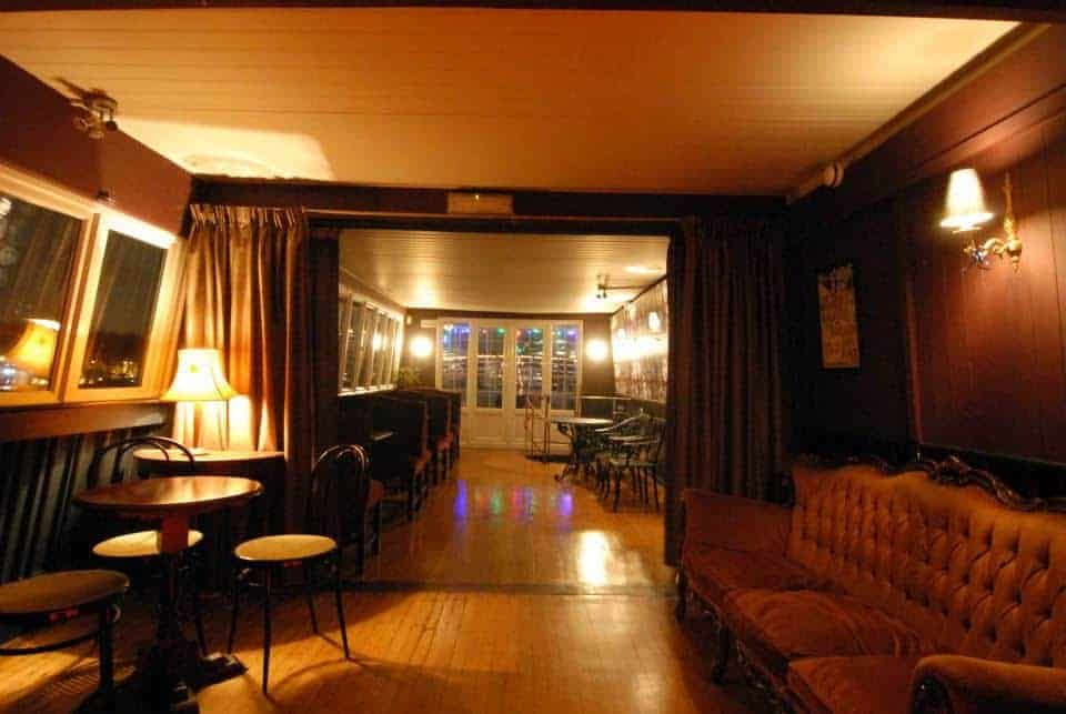 Cosy and Intimate Boat Venue for Celebrations for hire in london