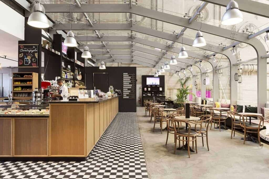 Dynamic and Impressive Workshop Space in Milan