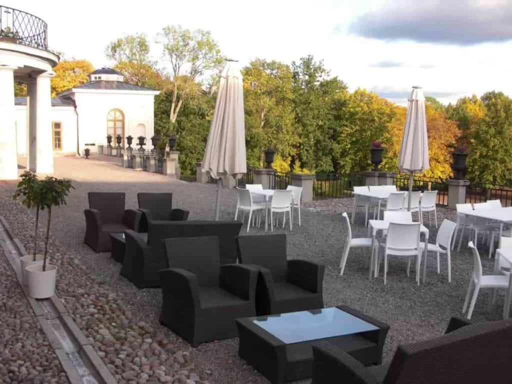 Fresh and Elegant Summer Party Venue in Stockholm